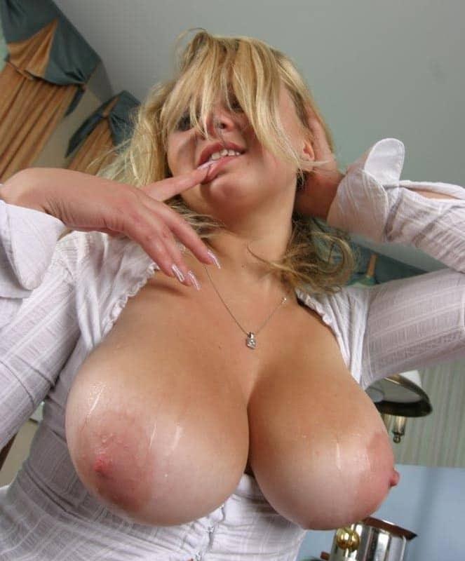 Grosse Titen Porno