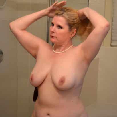 Brustbilder einer Milf