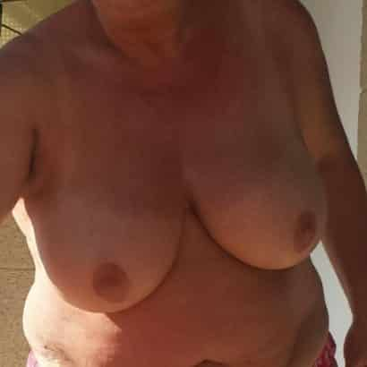 Gilf Bilder von Brüsten