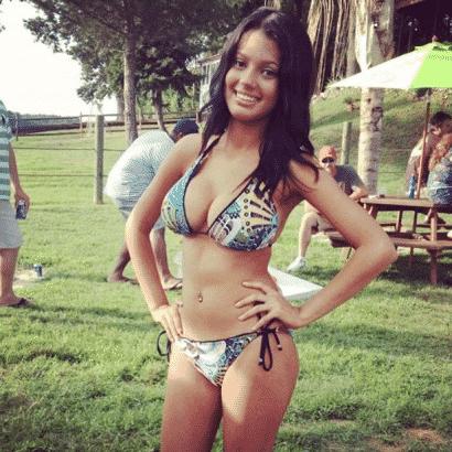 Geiler Ausschnitt im Bikini