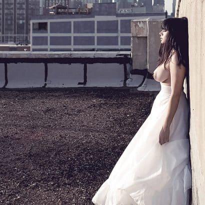 Silikon Titten im Brautkleid