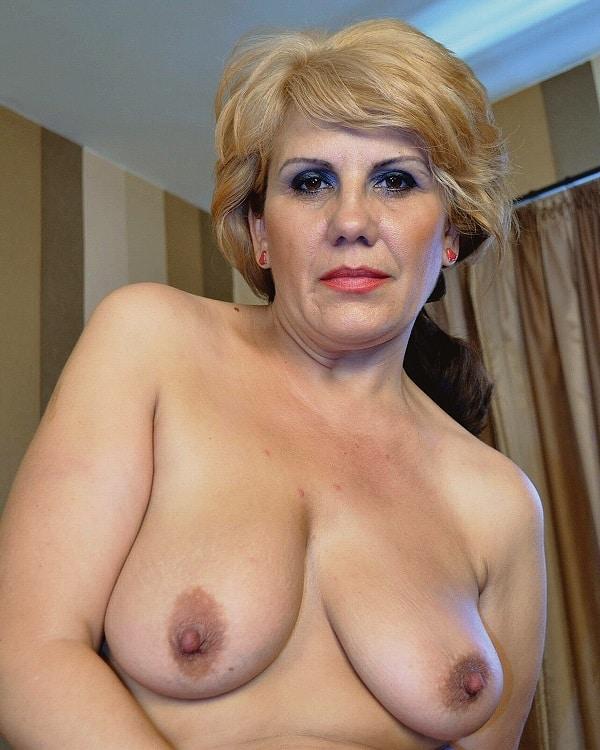 Oma Große Brüste