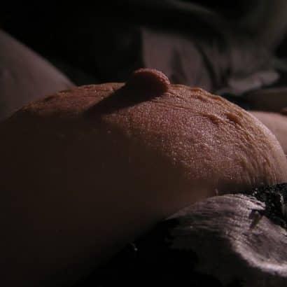 Bild von steifen Nippeln