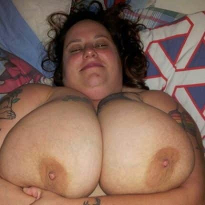 Dicke Frau Nackte Brüste