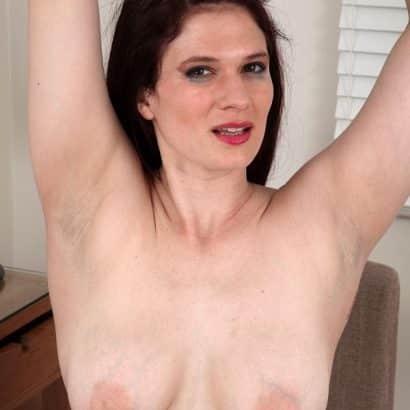 Normale Nackte Brüste