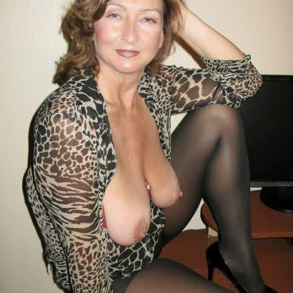 Hängende Oma Brüste