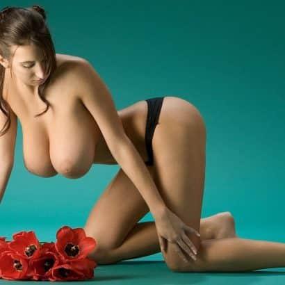 dicke nackte brüste