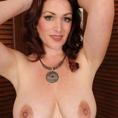 Big Tits dicke Nippel
