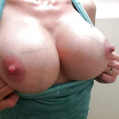 Brüste mit Adern