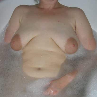 schlauchtitten in der Badewanne