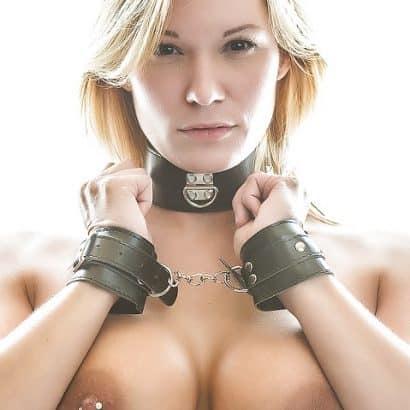 Perfektes brustwarzenpiercing
