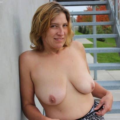 Milf Brustbilder