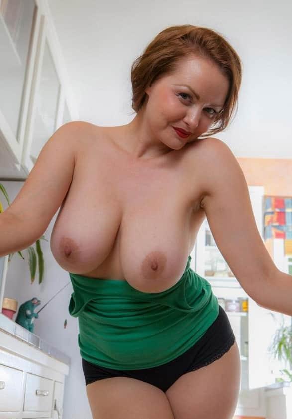Schöne Frauen Große Titten