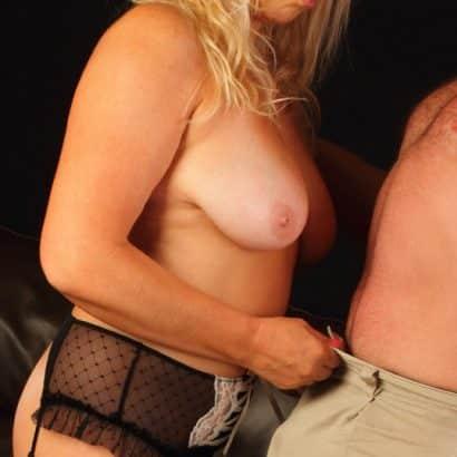 Bilder von Brüsten am Schwanz