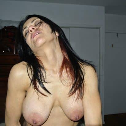 Bilder von Brüsten auf Crack