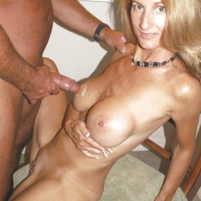 Brüste und Sperms