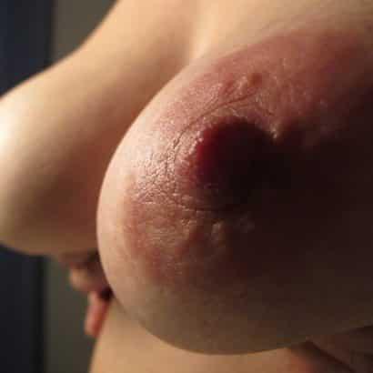 schöne weiche Brustwarzen
