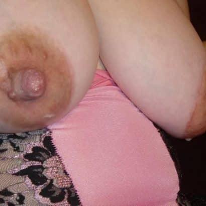 Dicke harte Brustwarzen Bilder