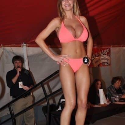 Model Titten