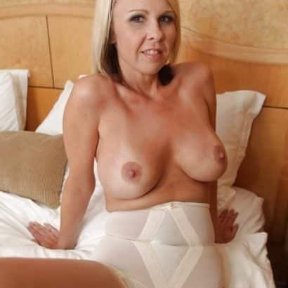 Omis kleine Brüste