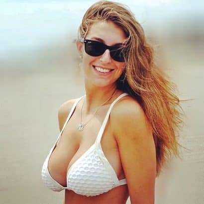Brüste im Bikini