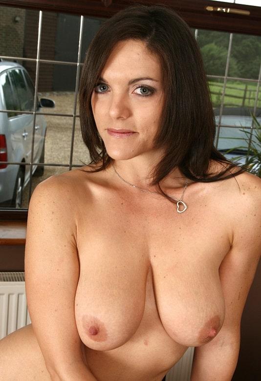 Nackte brüste fotos