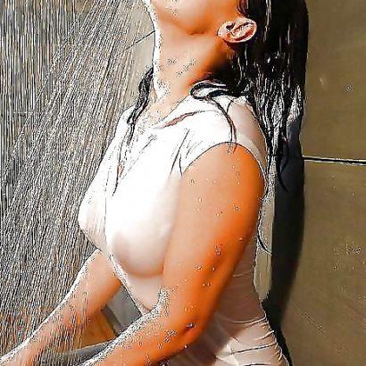 Wet T Shirt am duschen