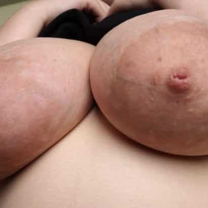 Geile Brustwarzen Bild
