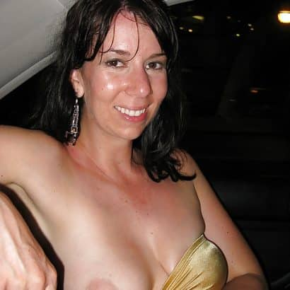 Einfach Brust zeigen