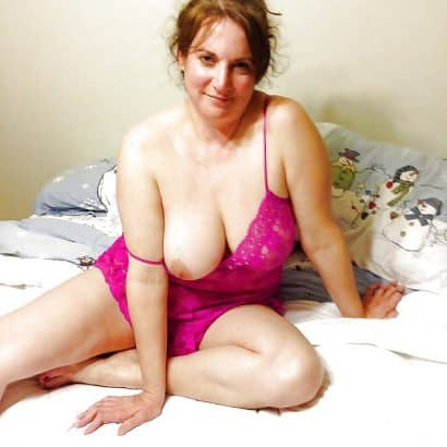 Geile nackte Brust