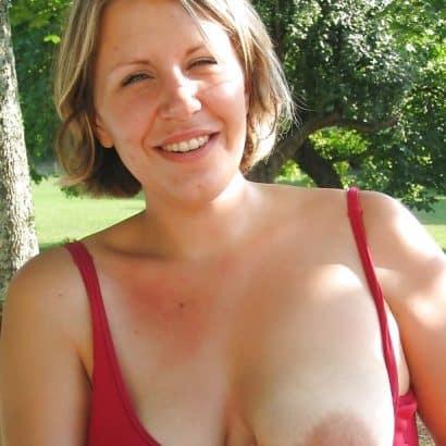 Ihre Brust fällt raus