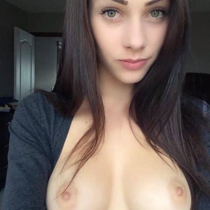 Kleine Brüste flash