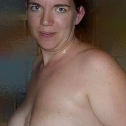 Speckige Kleine Brüste
