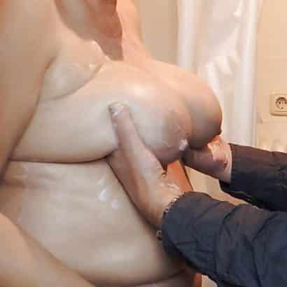 Riesen Titten kn