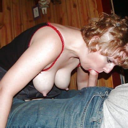 Spitze Titten beim blasen