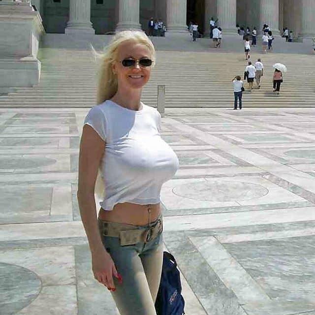 Titten Pics in der Öffentlichkeit